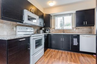 """Photo 8: 6155 E GREENSIDE Drive in Surrey: Cloverdale BC Townhouse for sale in """"Greenside Estates"""" (Cloverdale)  : MLS®# R2279920"""