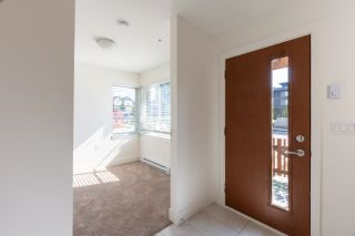 """Photo 3: 1 20849 78B Avenue in Langley: Willoughby Heights Townhouse for sale in """"BOULEVARD NORTH"""" : MLS®# R2601473"""