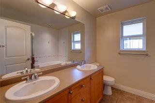 Photo 12: 12 41050 TANTALUS ROAD in Squamish: Tantalus Townhouse for sale : MLS®# R2056057
