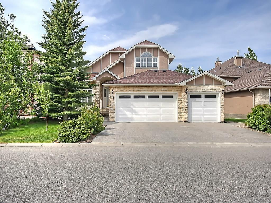 Main Photo: 35 DISCOVERY RIDGE Rise SW in Calgary: Discovery Ridge House for sale : MLS®# C4134257