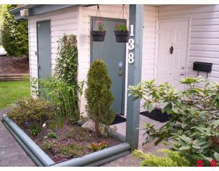 """Photo 1: 138 13702 67TH Avenue in Surrey: East Newton Townhouse for sale in """"Hyland Creek"""" : MLS®# F2813401"""