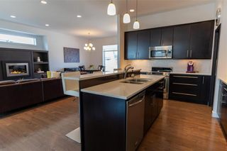 Photo 5: 148 Autumnview Drive in Winnipeg: South Pointe Residential for sale (1R)  : MLS®# 202109065