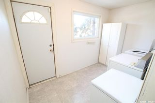 Photo 3: 834 H Avenue North in Saskatoon: Caswell Hill Residential for sale : MLS®# SK800164