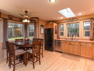 Photo 5: 3699 Burns Rd in COURTENAY: CV Courtenay West House for sale (Comox Valley)  : MLS®# 834832