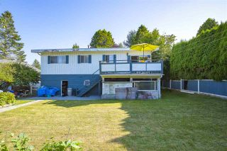 Photo 4: 15815 THRIFT Avenue: White Rock House for sale (South Surrey White Rock)  : MLS®# R2480910