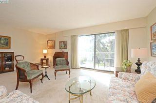 Photo 3: 305 2125 Oak Bay Ave in VICTORIA: OB South Oak Bay Condo for sale (Oak Bay)  : MLS®# 771363