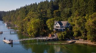 Photo 2:  in : GI Salt Spring House for sale (Gulf Islands)  : MLS®# 855671