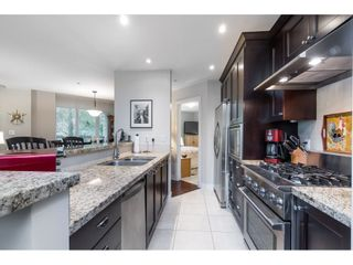 """Photo 7: 205 14824 NORTH BLUFF Road: White Rock Condo for sale in """"Belaire"""" (South Surrey White Rock)  : MLS®# R2456173"""