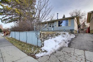 Photo 2: 451 Lysander Drive SE in Calgary: Ogden Detached for sale : MLS®# A1053955
