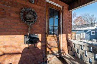 Photo 3: 30 Grove Street East Street in Barrie: Bayfield House (2 1/2 Storey) for sale : MLS®# S5098618