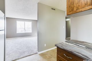Photo 11: 2 Gray Avenue in Saskatoon: Forest Grove Residential for sale : MLS®# SK859432