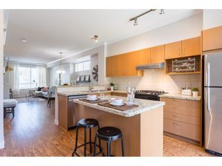 """Photo 10: 5 301 KLAHANIE Drive in Port Moody: Port Moody Centre Townhouse for sale in """"Currents @ Klahanie"""" : MLS®# R2475396"""