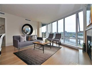 """Photo 2: 1603 8 SMITHE Mews in Vancouver: False Creek Condo for sale in """"Flagship"""" (Vancouver West)  : MLS®# V1064248"""
