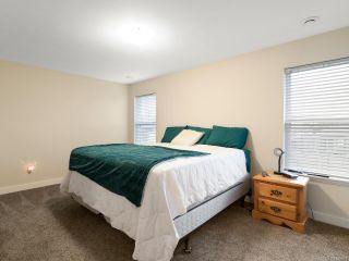 Photo 4: A 3638 TYEE DRIVE in CAMPBELL RIVER: CR Willow Point Half Duplex for sale (Campbell River)  : MLS®# 835593