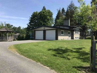 Photo 1: 30199 HARRIS Road: House for sale in Abbotsford: MLS®# R2522043