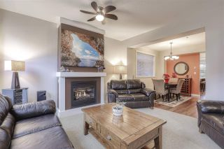 Photo 2: 18 19490 FRASER WAY in Pitt Meadows: South Meadows Townhouse for sale : MLS®# R2444045