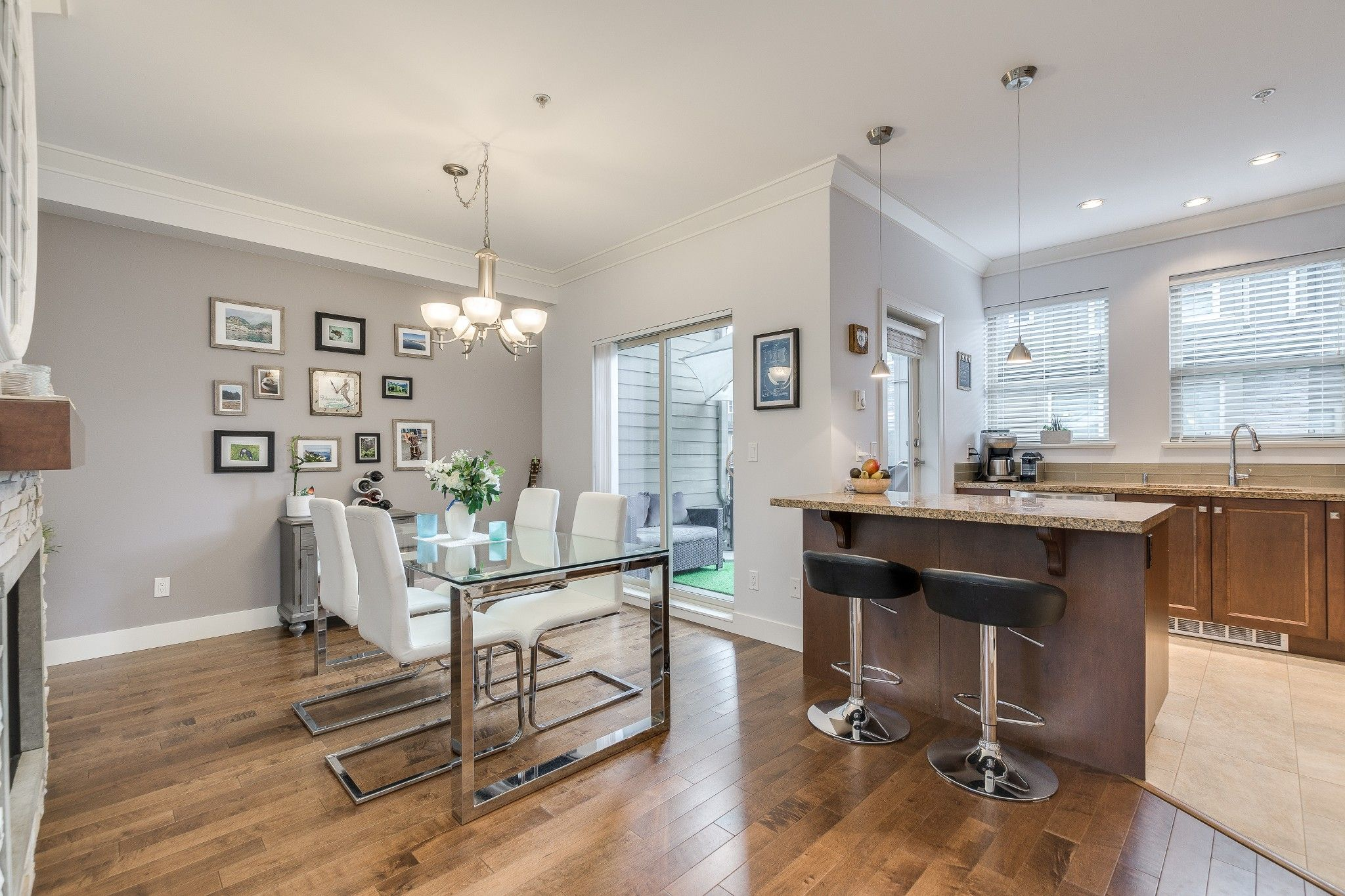 Photo 2: Photos: 24 897 Premier Street in : Lynnmour Townhouse for sale (North Vancouver)