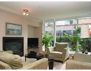Photo 2: 1249 W CORDOVA Street in Vancouver: Coal Harbour Townhouse for sale (Vancouver West)  : MLS®# V659171