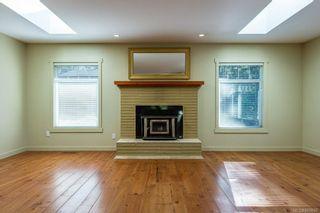 Photo 4: 797 Lazo Rd in : CV Comox Peninsula House for sale (Comox Valley)  : MLS®# 869860