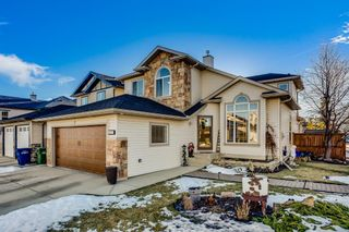 Photo 1: 577 Fairways Crescent NW: Airdrie Detached for sale : MLS®# A1053256