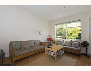 """Photo 1: 105 921 THURLOW Street in Vancouver: West End VW Condo for sale in """"KRISTOFF PLACE"""" (Vancouver West)  : MLS®# V774226"""