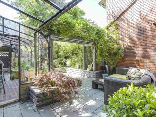 "Photo 19: 5 960 W 13TH Avenue in Vancouver: Fairview VW Townhouse for sale in ""The Brickhouse"" (Vancouver West)  : MLS®# R2193892"