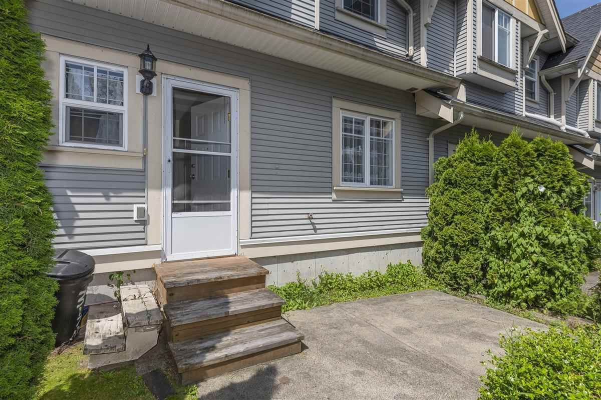 Photo 8: Photos: 3178 GILMORE Avenue in Burnaby: Central BN 1/2 Duplex for sale (Burnaby North)  : MLS®# R2474693