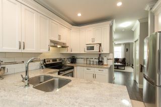 """Photo 6: 11 33860 MARSHALL Road in Abbotsford: Central Abbotsford Townhouse for sale in """"MARSHALL MEWS"""" : MLS®# R2075997"""
