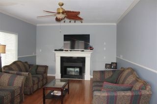 Photo 8: 8247 150A Street in Surrey: Bear Creek Green Timbers House for sale : MLS®# R2144026