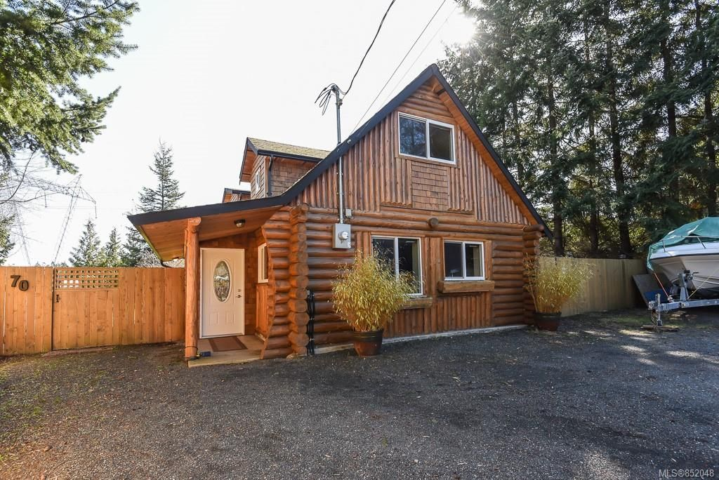 Main Photo: 70 ISLEWOOD Dr in : PQ Bowser/Deep Bay House for sale (Parksville/Qualicum)  : MLS®# 852048