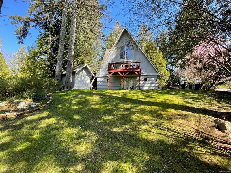 FEATURED LISTING: 1075 Old Victoria Rd