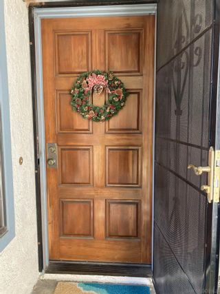 Photo 2: SAN CARLOS Townhouse for sale : 3 bedrooms : 3546 Mission Mesa Way in San Diego