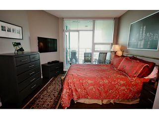 Photo 7: # 1003 138 E ESPLANADE ST in North Vancouver: Lower Lonsdale Condo for sale : MLS®# V1120625
