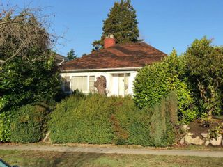 Photo 2: 1759 W 60TH Avenue in Vancouver: South Granville House for sale (Vancouver West)  : MLS®# R2227150
