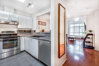 """Photo 9: 404 150 W 22ND Street in North Vancouver: Central Lonsdale Condo for sale in """"The Sierra"""" : MLS®# R2547580"""