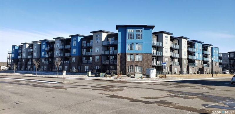 FEATURED LISTING: 214 - 5301 Universal Crescent Regina