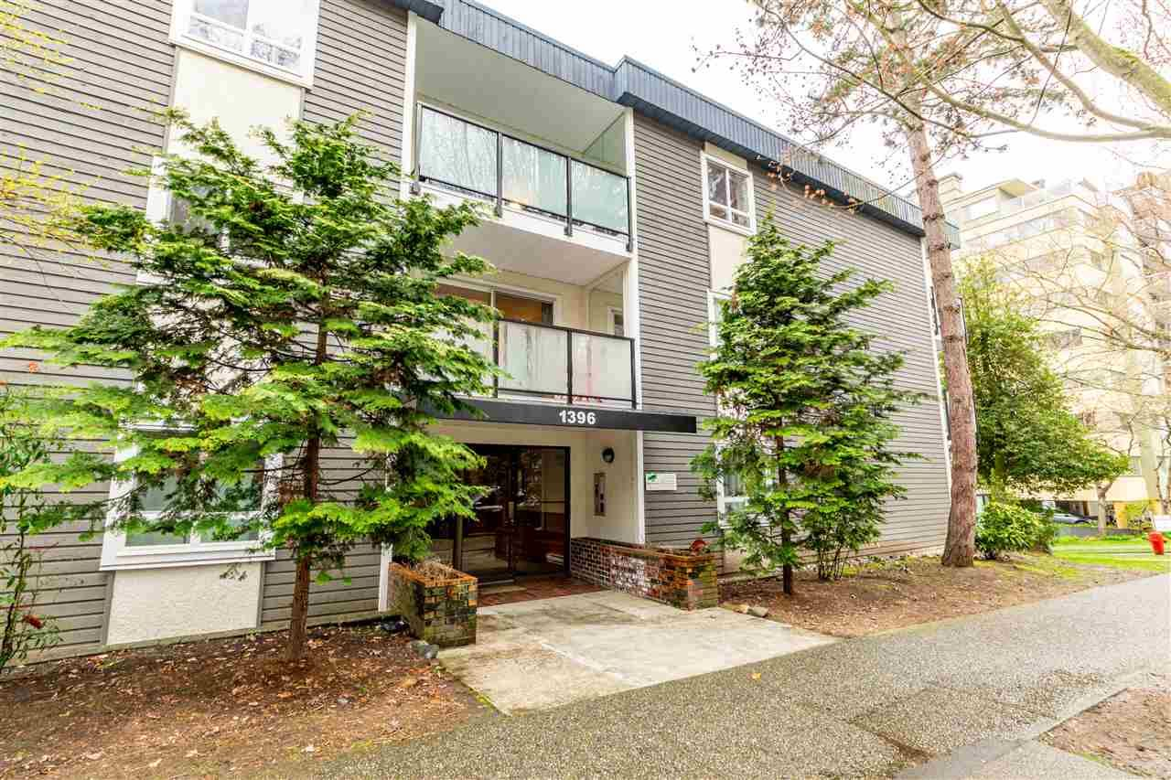 """Main Photo: 206 1396 BURNABY Street in Vancouver: West End VW Condo for sale in """"BRAMBLEBERRY"""" (Vancouver West)  : MLS®# R2564649"""