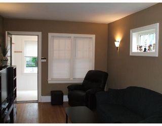 Photo 2: 621 WALKER Avenue in WINNIPEG: Fort Rouge / Crescentwood / Riverview Residential for sale (South Winnipeg)  : MLS®# 2810170