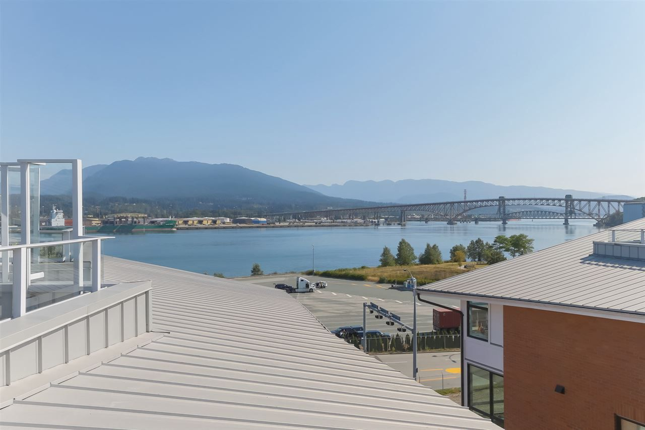 """Main Photo: 2917 WALL Street in Vancouver: Hastings Townhouse for sale in """"Avant"""" (Vancouver East)  : MLS®# R2395706"""
