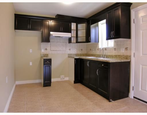 Photo 4: Photos: 5825 WOODSWORTH Street in Burnaby: Central BN 1/2 Duplex for sale (Burnaby North)  : MLS®# V748580