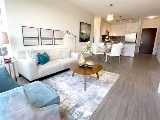 """Photo 2: 201 717 CHESTERFIELD Avenue in North Vancouver: Central Lonsdale Condo for sale in """"The Residences at Queen Mary by Polygon"""" : MLS®# R2491071"""