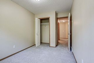 Photo 24: 17 Eversyde Court SW in Calgary: Evergreen Row/Townhouse for sale : MLS®# A1120200