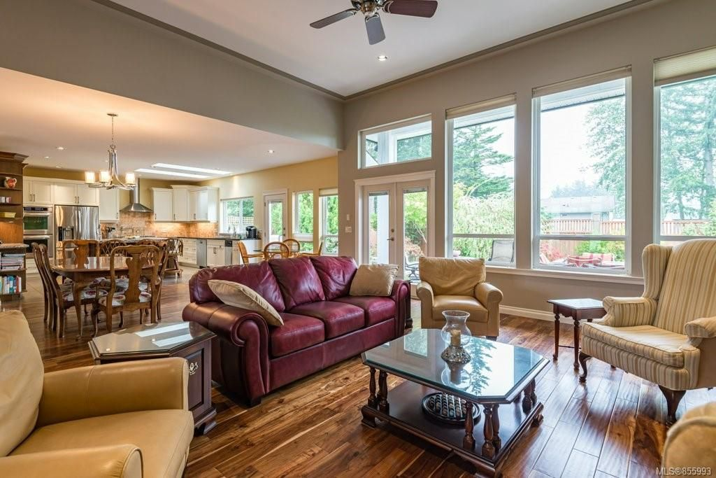 Photo 16: Photos: 1258 Potter Pl in : CV Comox (Town of) House for sale (Comox Valley)  : MLS®# 855993