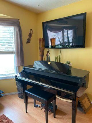 Photo 3: 7421 186 Street in Edmonton: Zone 20 House for sale : MLS®# E4263326