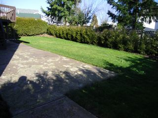 """Photo 37: 8624 148A Street in Surrey: Bear Creek Green Timbers House for sale in """"WINDERMERE"""" : MLS®# F1203114"""