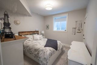 Photo 15: 17263 2 AVENUE in South Surrey White Rock: Pacific Douglas Home for sale ()  : MLS®# R2410565