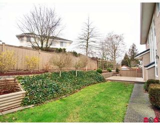 Photo 10: 8455 166A Street in Surrey: Fleetwood Tynehead House for sale : MLS®# F2803791