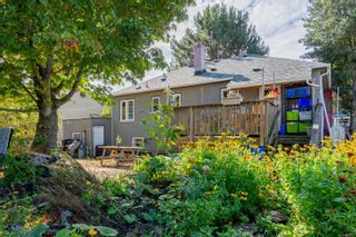 Photo 4: 1126 Lyall St in Esquimalt: Es Saxe Point House for sale : MLS®# 886359