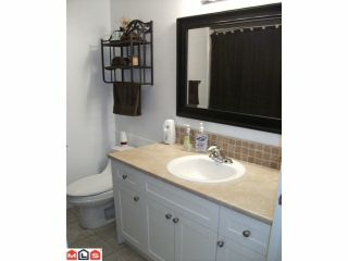 """Photo 4: 44 17706 60TH Avenue in Surrey: Cloverdale BC Condo for sale in """"CLOVER PARK"""" (Cloverdale)  : MLS®# F1204628"""