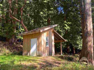 Photo 18: 555 GANNER Road: Galiano Island House for sale (Islands-Van. & Gulf)  : MLS®# R2489771
